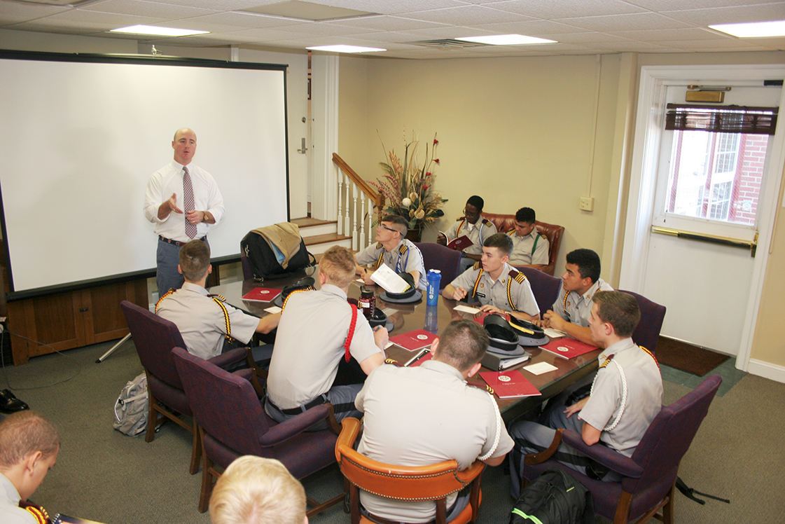 Fishburne Military School Guidance Hosts Hampden-Sydney Admissions Counselor